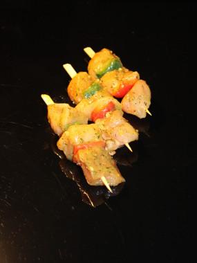 brochette de poulet mariné citron thym
